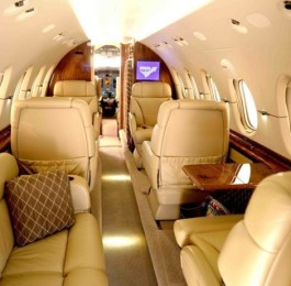 Appealing-Interior-Design-in-Private-Jets-615×461
